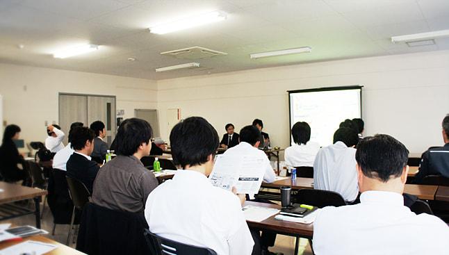 y-seminar-photo.jpg